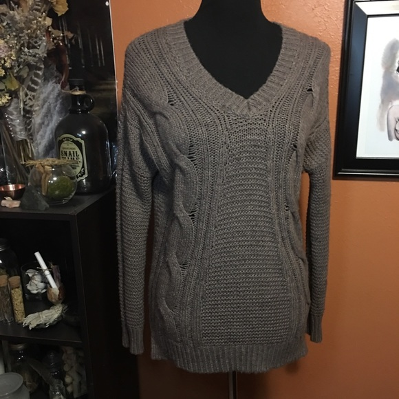 Sweaters - Camel colored knit sweater- M